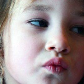 Dzieci muszą się czasem ponudzić Co robić gdy dziecko się nudzi Porady