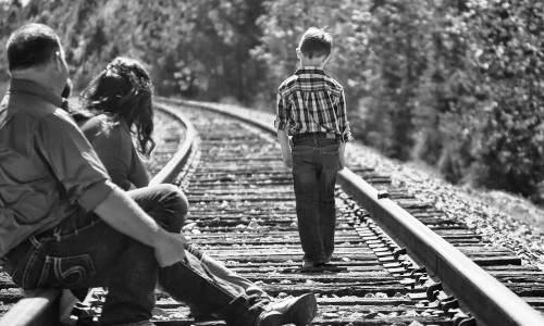 Co robić, gdydziecko niema przyjaciół Jak pomóc dziecku znaleźć przyjaciela