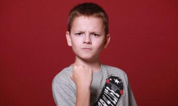 Czy zwracać uwagę obcym dzieciom Sposoby na niegrzeczne i niewychowane dzieci znajomych