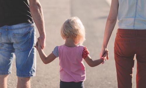 Czego potrzebują dzieci Rodzicielskie przywództwo według Jespera Juula