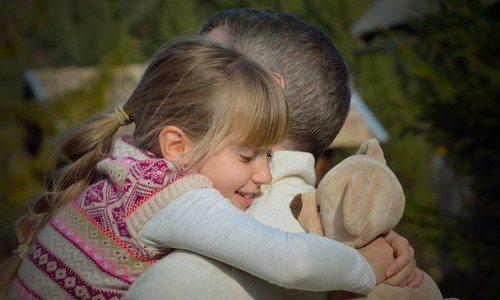 Dziecko martwi się ozdrowie rodziców Czypowiedzieć dziecku ochorobie przewlekłej ojca