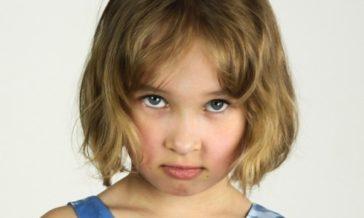 Kary i nagrody w wychowaniu Czy trzeba nagradzać i karać dzieci żeby je wychować