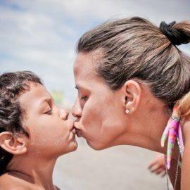 Wrócić do pracy czy zostać z dzieckiem Mama wraca do pracy jak przygotować dziecko