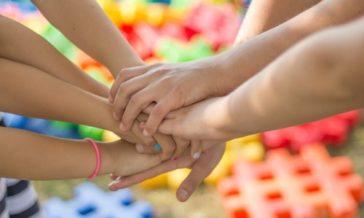 Zachowania rodziców wobec dzieci Zasada równej godności traktowanie dzieci poważnie